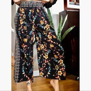 Wide leg floral print pants